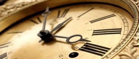 clock_header138643