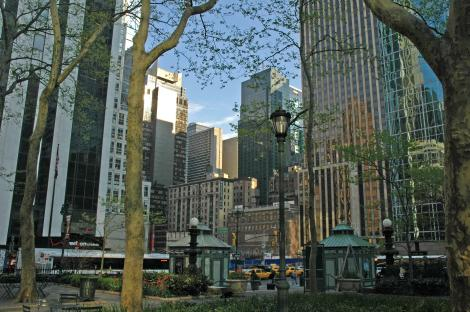 one_bryant_park_construction_site_as_seen_from_bryant_park